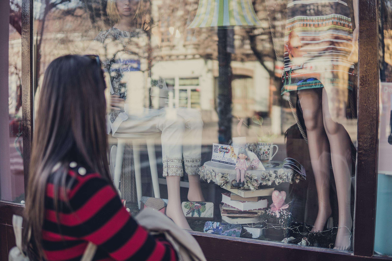 shopfront-offline-shopping